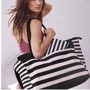 Victoria Secret• NWT WEEKENDER STRIPE DUFFLE BAG
